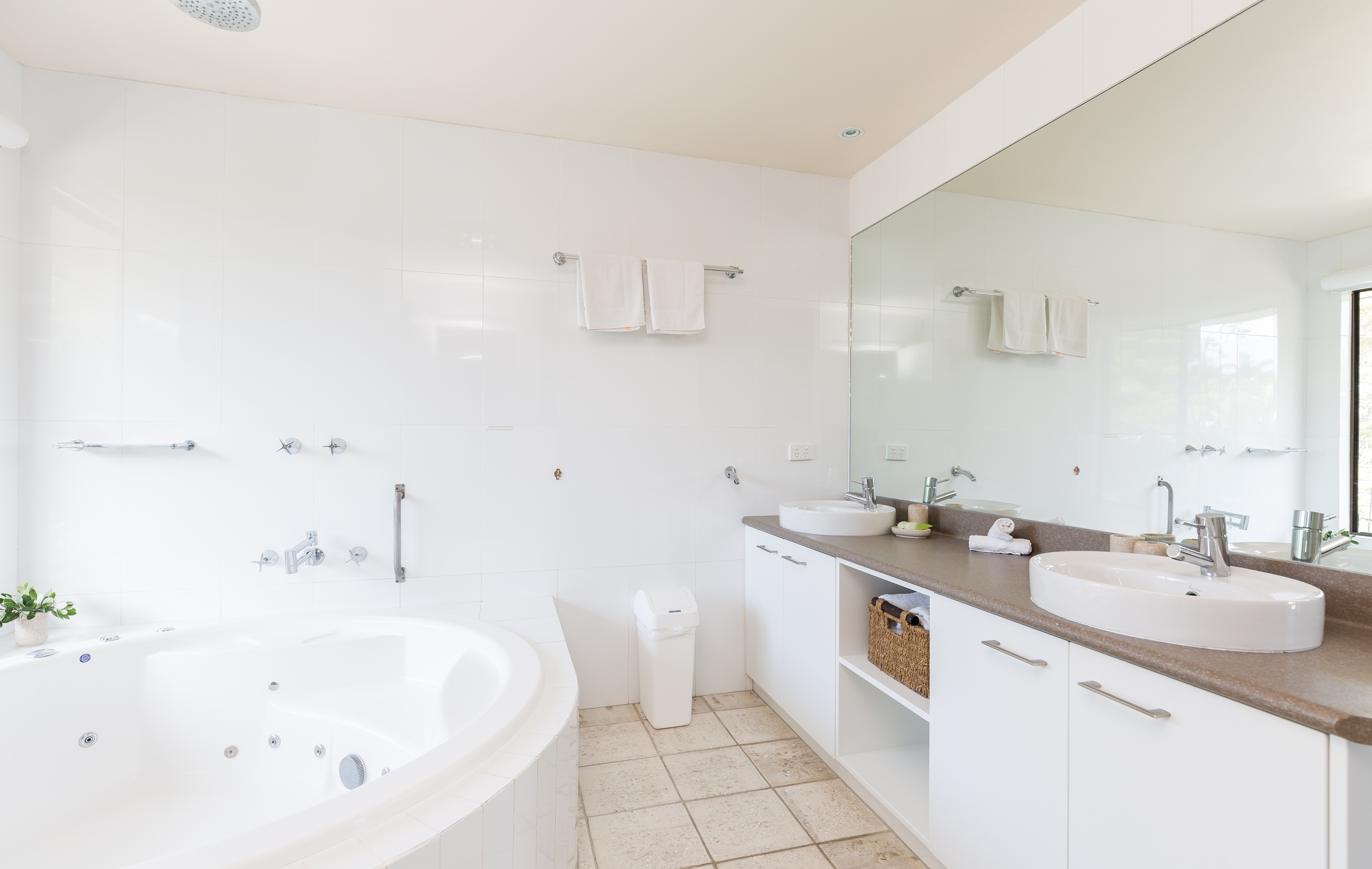 Master Bathroom U2013 Spa